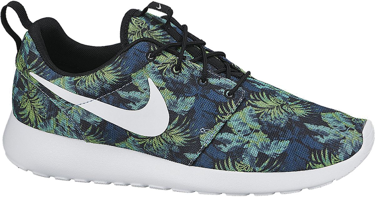 e0cf5cd626fc3 Lyst - Nike Roshe Run Camo in Blue for Men
