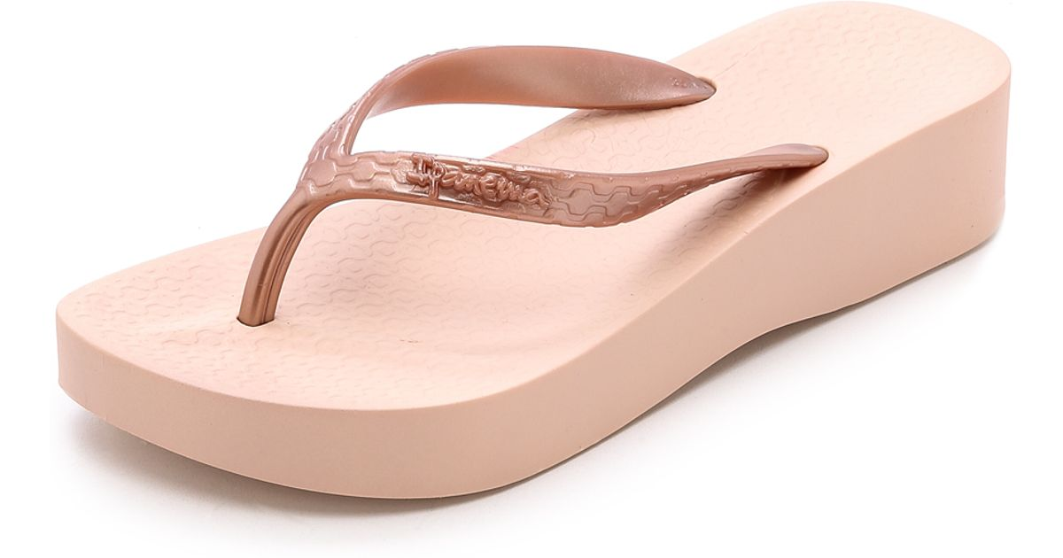 8c8dace63456 Lyst - Ipanema Tropical Wedge Flip Flops - Rose Gold in Pink