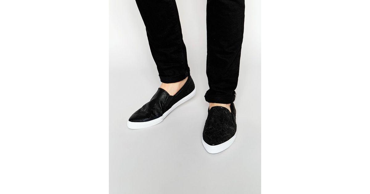 b2b1669507da ASOS Pointed Slip On Sneakers In Black Crocodile Effect in Black for Men -  Lyst