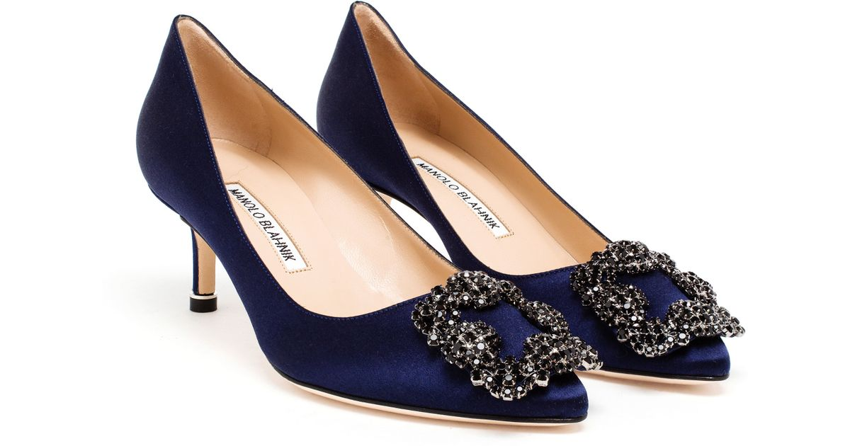lyst manolo blahnik hangisi embellished satin mid pumps in blue rh lyst com