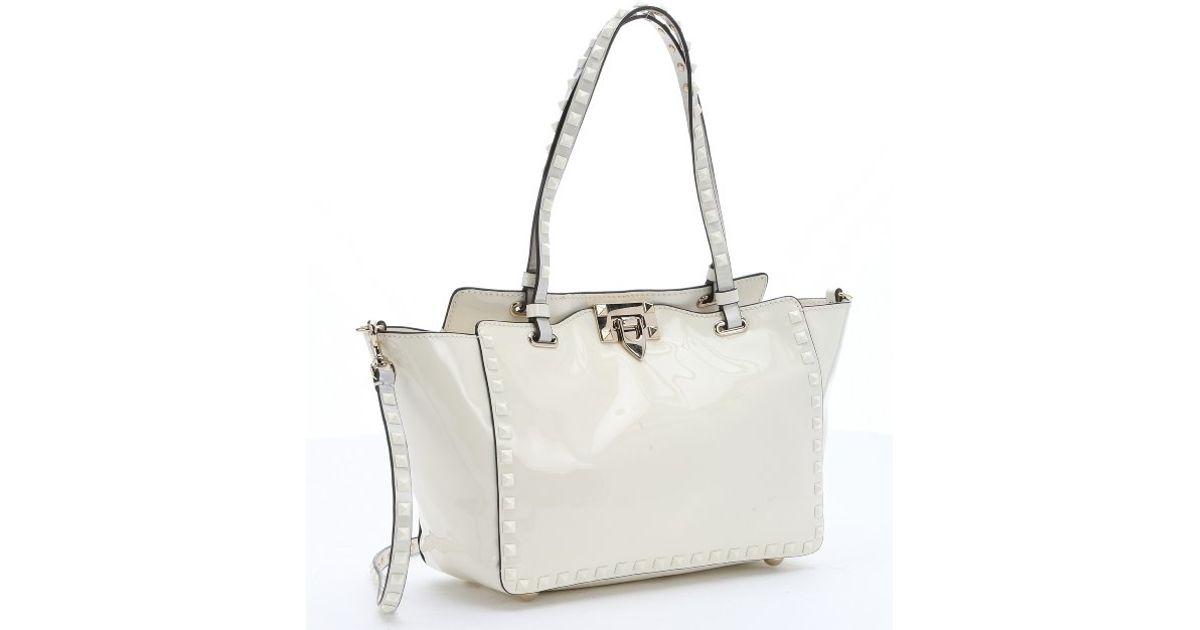 Valentino Pre-owned - Green Patent leather Handbag e4U308z