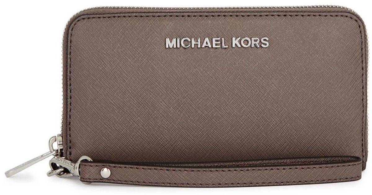 983fe074d174 Michael Kors Jet Set Travel Mushroom Saffiano Leather Wallet in Gray - Lyst