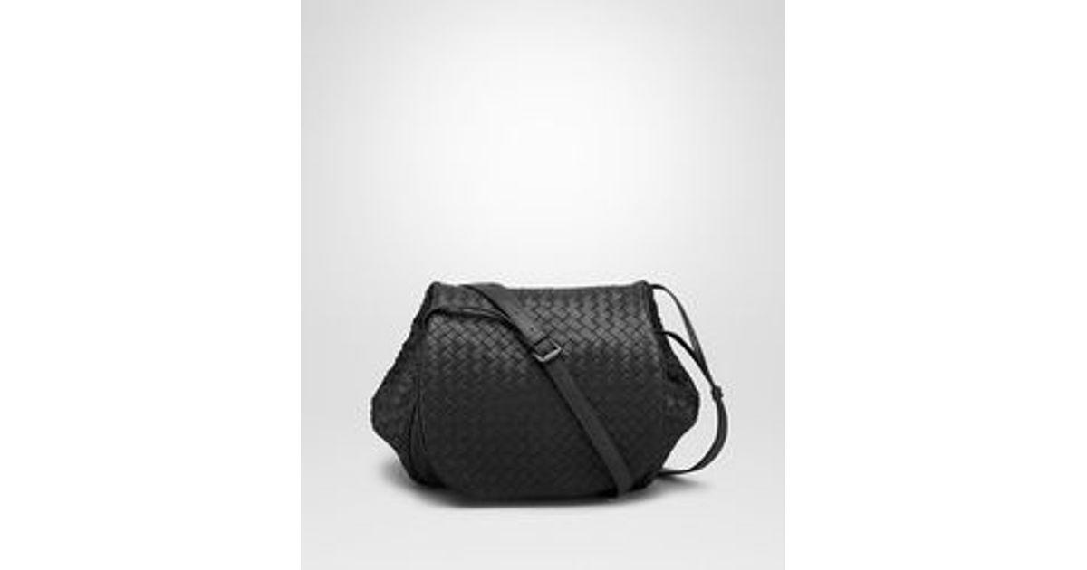 Bottega Veneta Messenger Bag In Nero Intrecciato Nappa in Black - Lyst 78e21629ff7a6