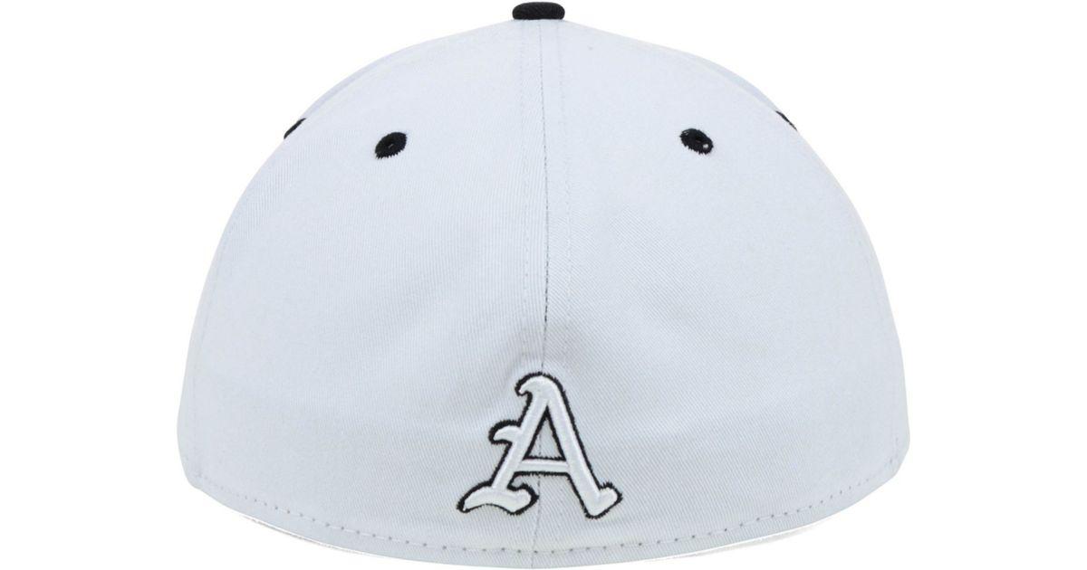 size 40 0e6cc 71c39 KTZ Arkansas Razorbacks Ncaa White Black 59fifty Cap in White for Men - Lyst