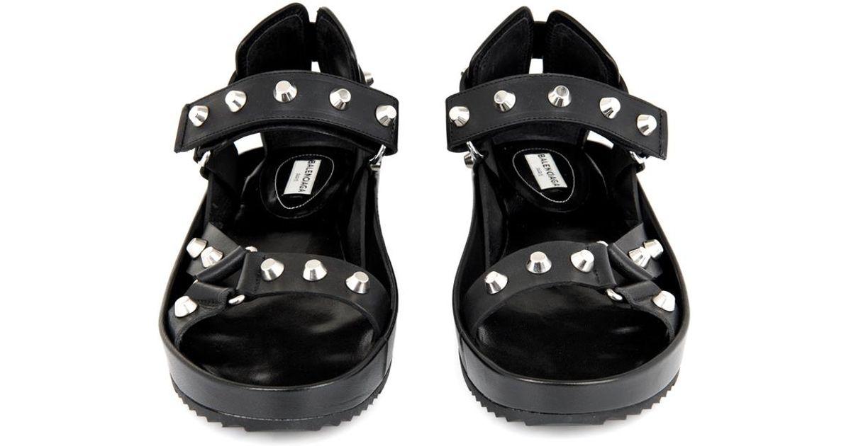 b52a4989876b Balenciaga Arena Stud Leather Platform Sandals in Black - Lyst
