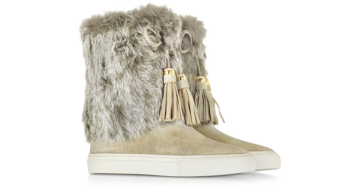 b46946e1c2d1 Lyst - Tory Burch Anjelica Dark Knot Suede And Rabbit Fur Boots in Gray