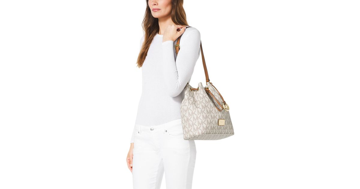 ad758f1cb2e5 sale lyst michael michael kors large jules drawstring shoulder bag in white  bf652 b94a8