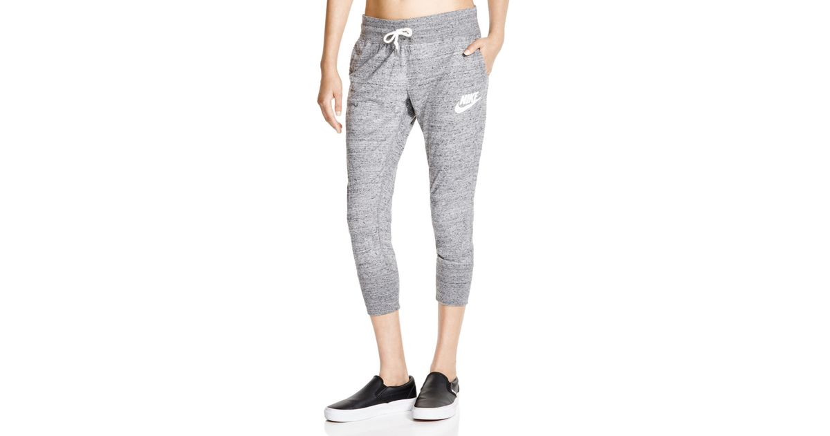 7803d2afd09f0 Nike - Gray Gym Vintage Cropped Sweatpants - Lyst