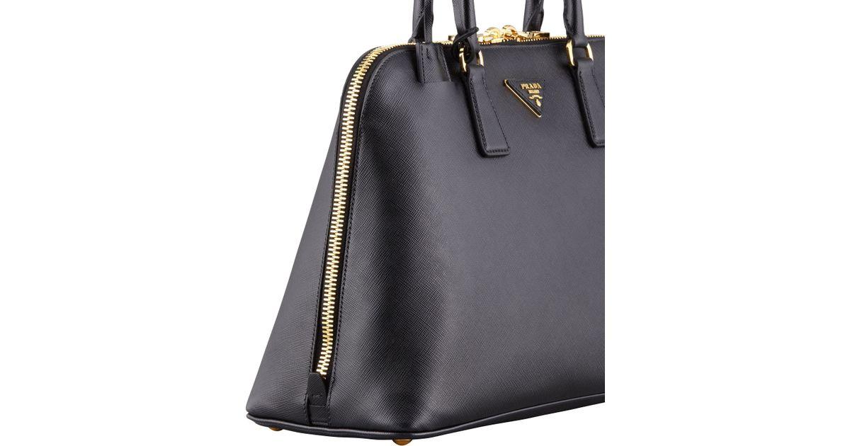 584c4f7c41d4 Prada Saffiano Medium Promenade Bag in Black - Lyst