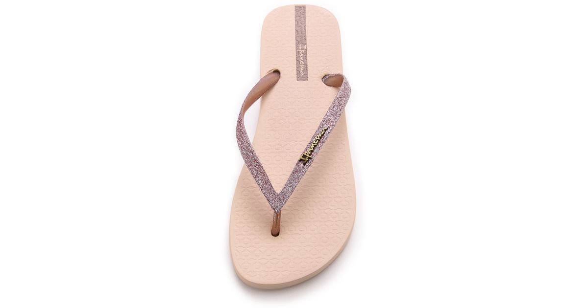 c818180df21ee6 Ipanema Glitter Ii Flip Flops - Silver in Pink - Lyst