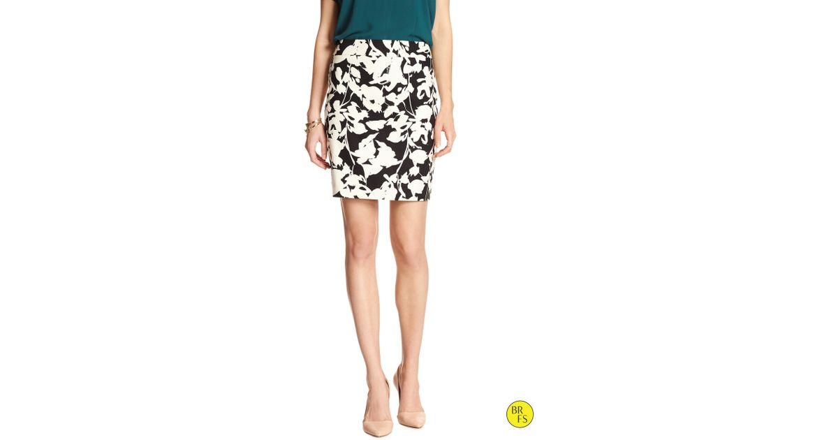banana republic factory print pencil skirt in floral