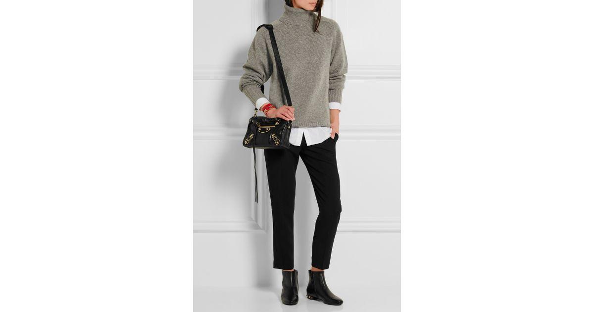 77c7a840ee7b Lyst - Balenciaga Classic Metallic Edge City Mini Textured-leather Shoulder  Bag in Black