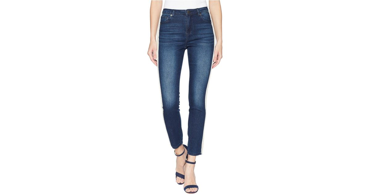 40e7981c6bd Lyst - Romeo and Juliet Couture Pearl Side Trim Skinny Jeans In Medium Denim  in Blue