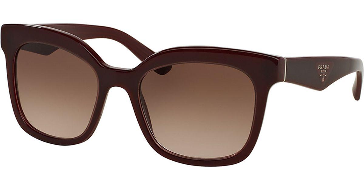db6c5adcedd Lyst - Prada Heritage Square Sunglasses in Purple