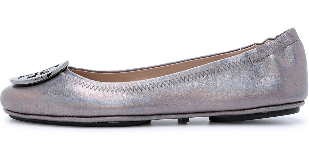 6f2dcae170f Lyst - Tory Burch Minnie Travel Ballet Flats - Gunmetal in Gray
