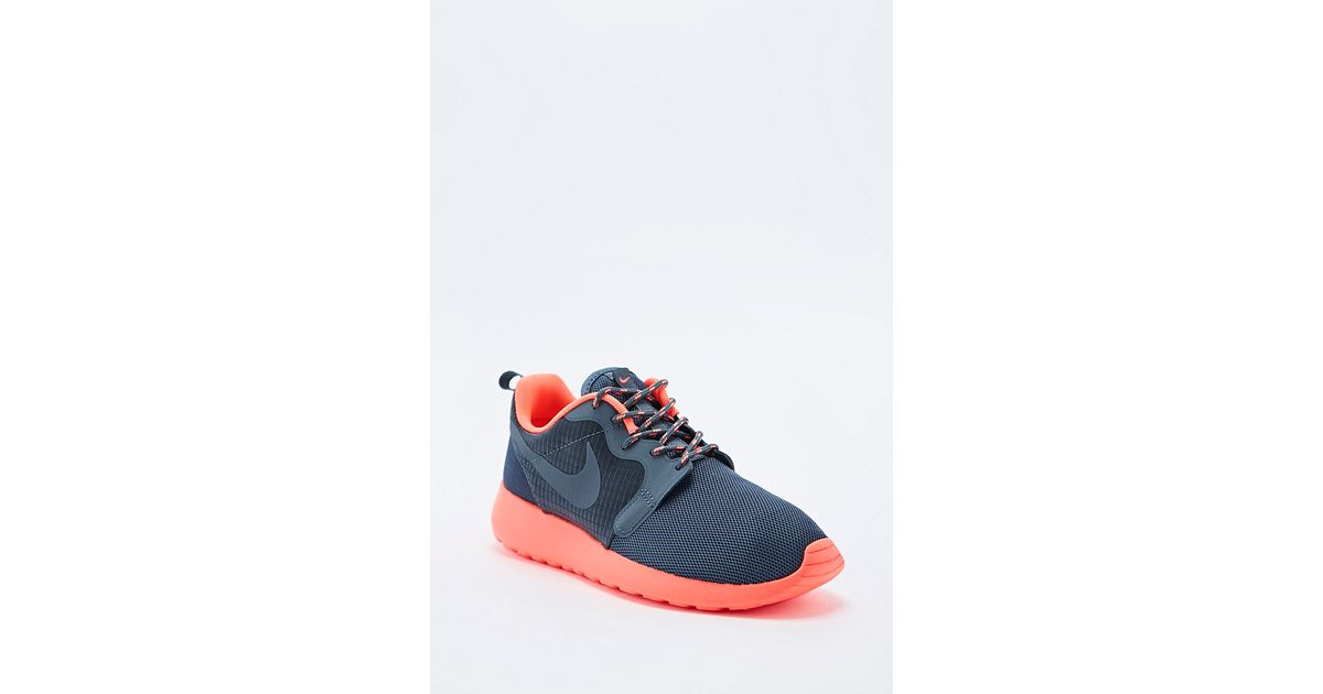 ff80263934611 sale coral nike roshe runs 40937 9eb08  release date nike roshe run  trainers in grey and coral in gray lyst 0d264 b81ac