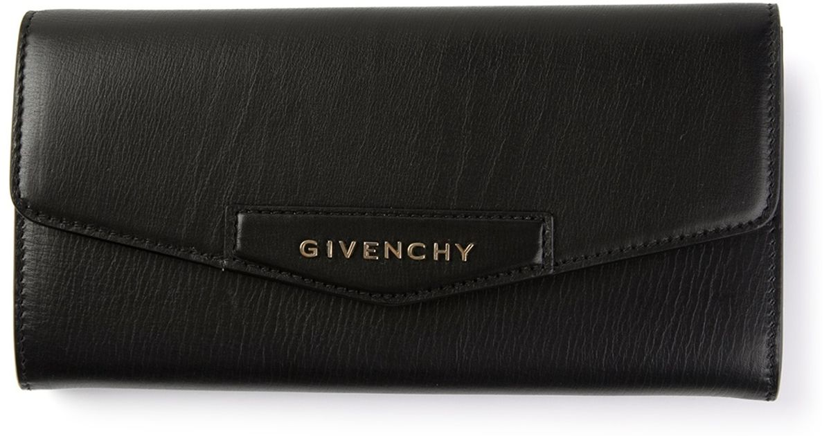 c30207f32b Givenchy Antigona Wallet in Black - Lyst