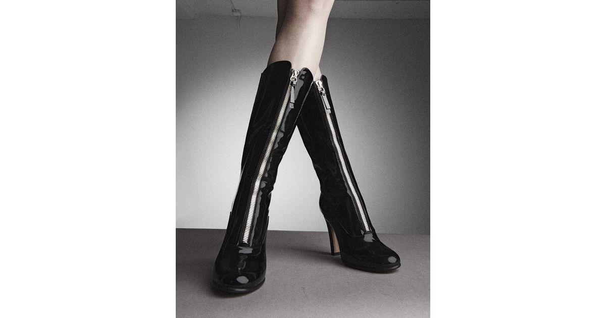 de51cf5eb03 Valentino Rebelle Front-Zip Patent Boots in Black - Lyst