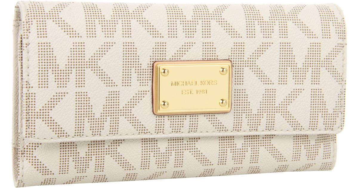 00d0679874e3 ... closeout lyst michael michael kors jet set checkbook wallet in white  25f10 7499e