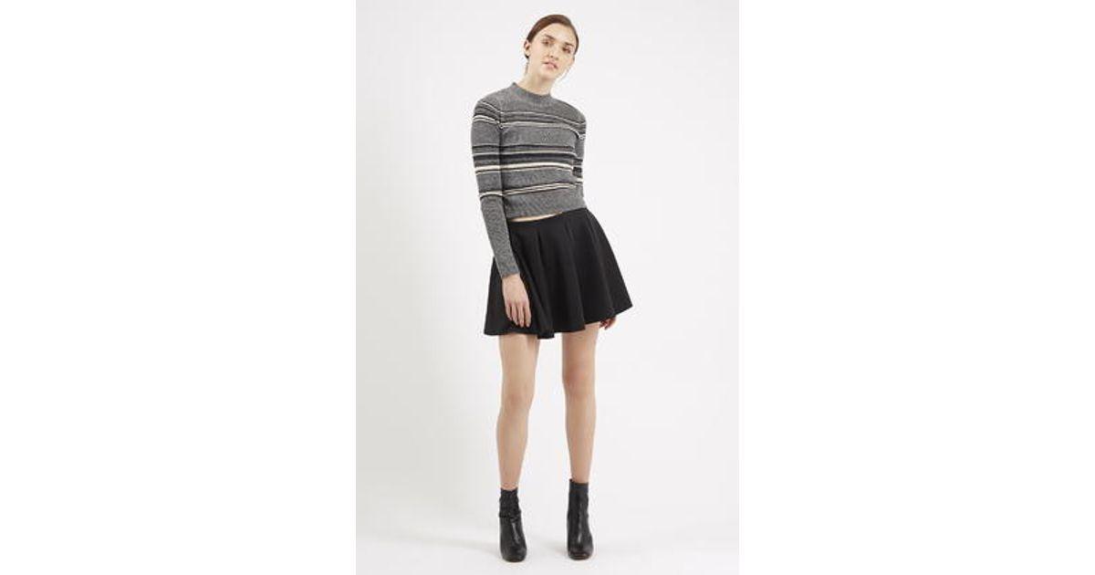 67d9290fa3 TOPSHOP Petite Box Pleat Flippy Skirt in Black - Lyst
