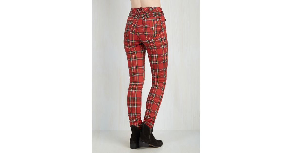 9c5b542e68 Lyst - Tripp Nyc Never Plaid It So Good Pants In Red - High-rise in Red