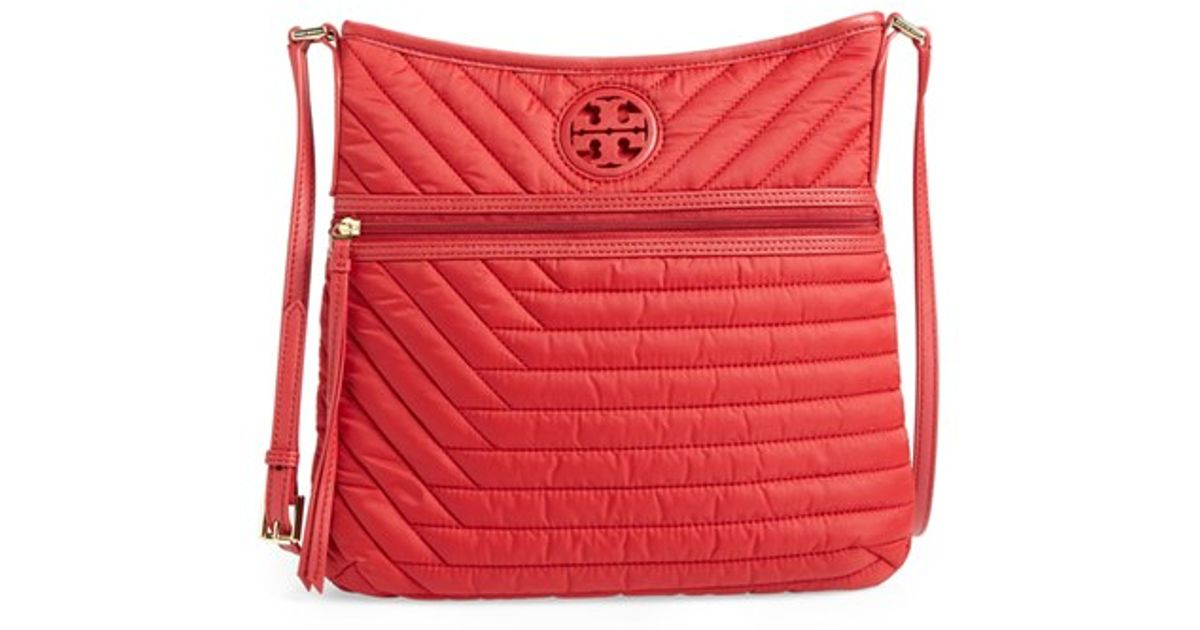 2111f6c83579d Lyst - Tory Burch Quilted Nylon Swingpack in Red