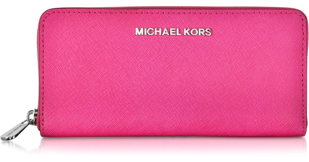 86f85d8f561425 Michael Kors Jet Set Leather Travel Wallet in Pink - Lyst