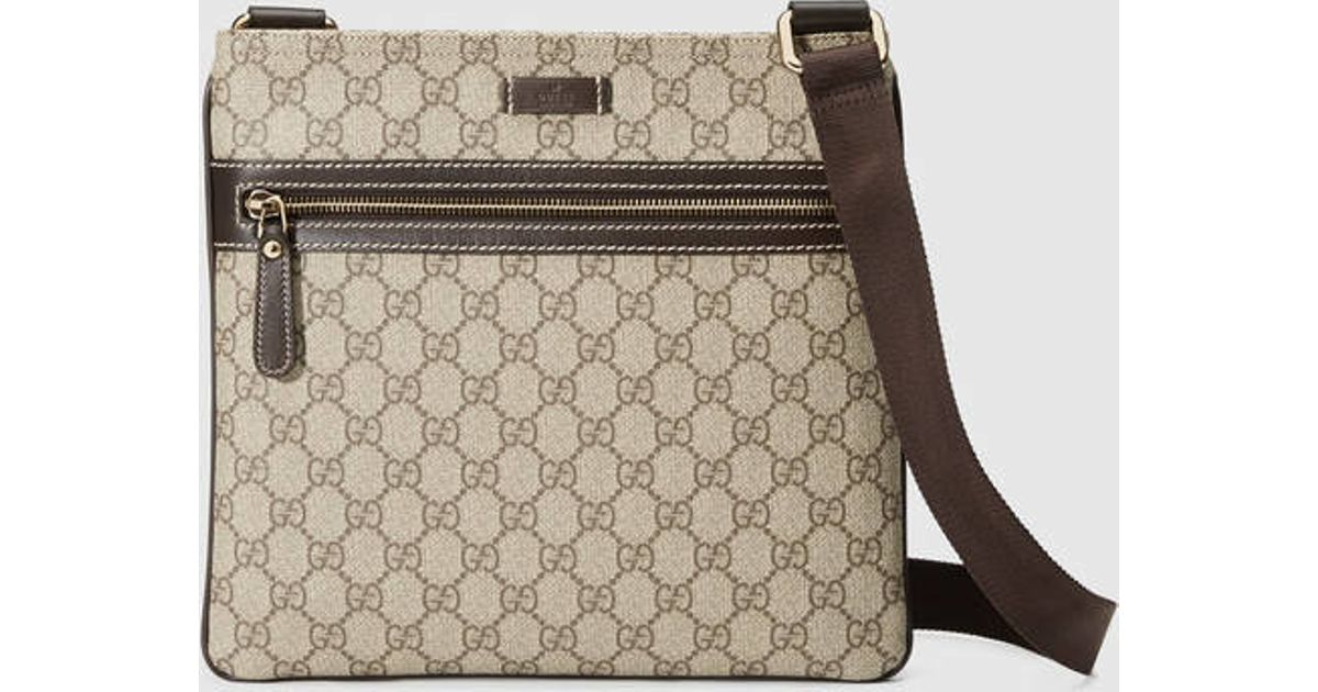 9318995fee84 Gucci Gg Supreme Flat Messenger in Natural for Men - Lyst