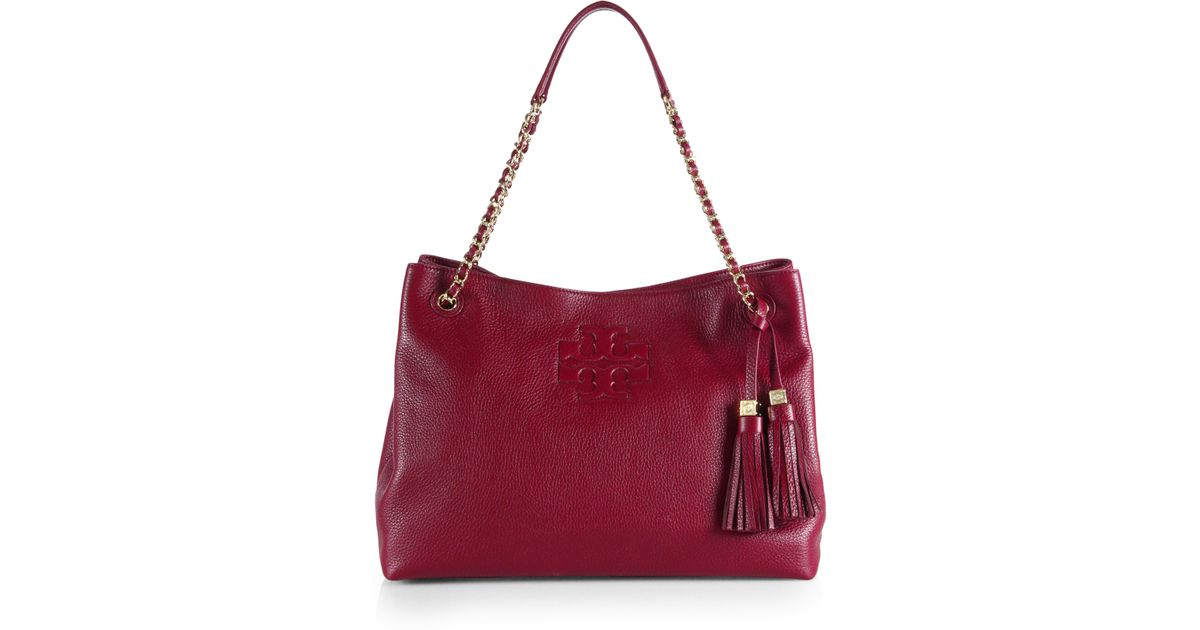 f851e5c607bd7 Lyst - Tory Burch Thea Chain Slouchy Shoulder Tote in Red
