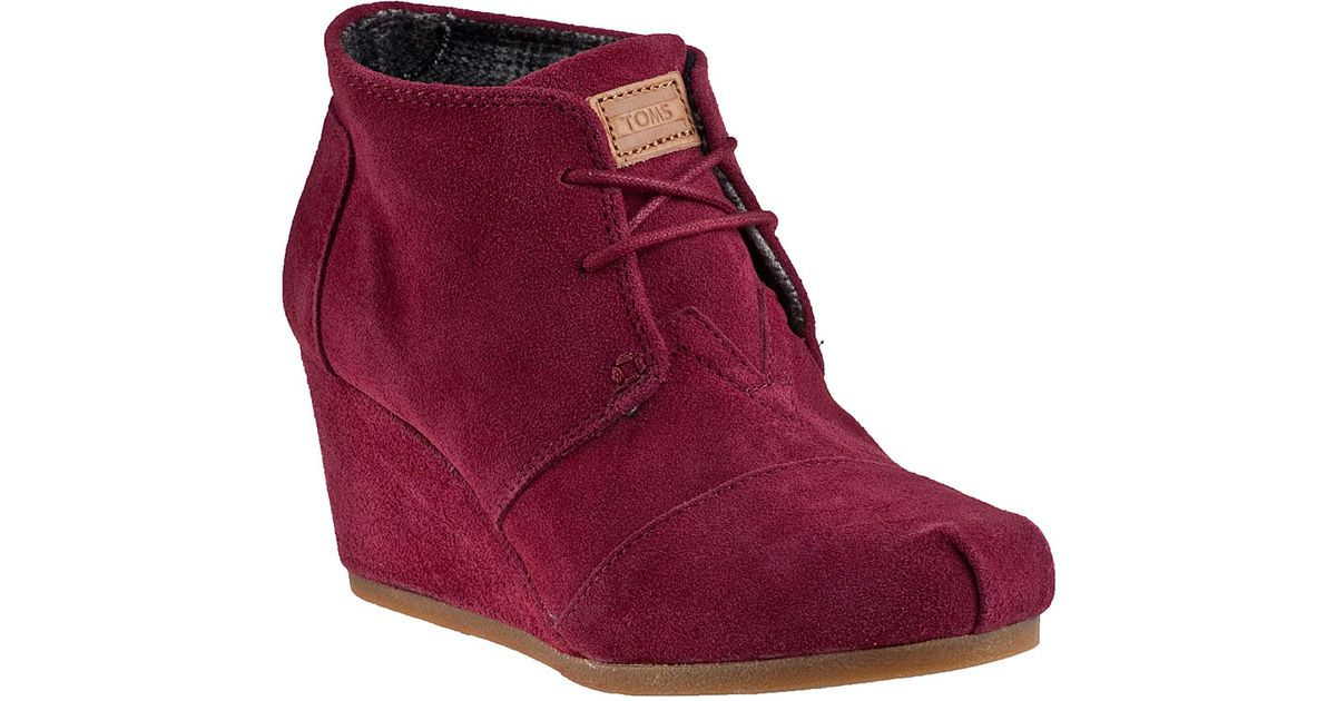 c41a775ba79a Lyst - TOMS Desert Wedge Boot Burgundy Suede in Pink