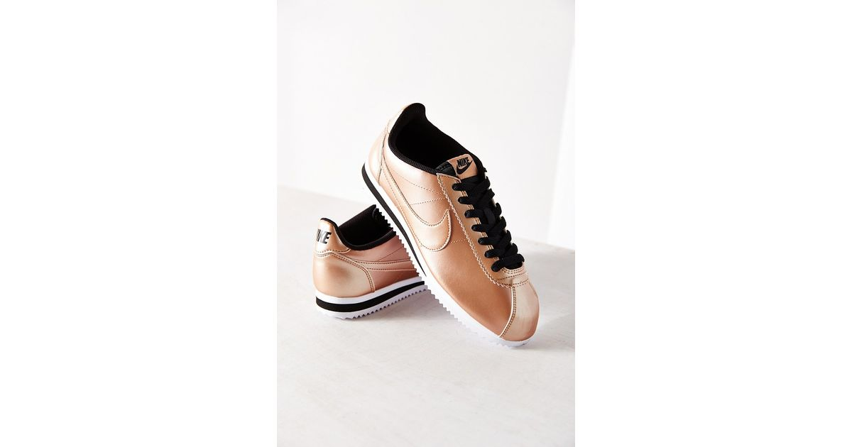 quality design 12c96 6104f Nike Women s Classic Cortez Leather Sneaker in Metallic - Lyst