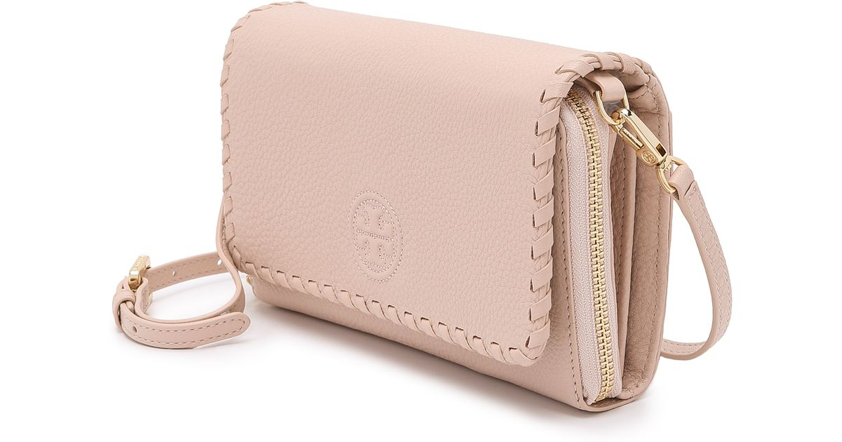 53aa09ef08d3 ... discount code for lyst tory burch marion flat wallet cross body bag bark  in natural 35292