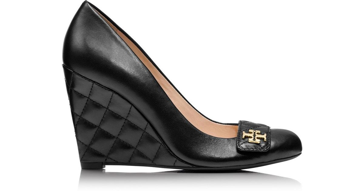 e8e778ae80c Lyst - Tory Burch Leila Closed-Toe Wedge in Black