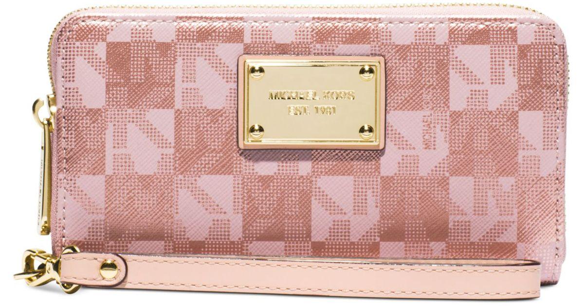 michael kors michael jet set item large coin multifunction wallet in pink lyst. Black Bedroom Furniture Sets. Home Design Ideas