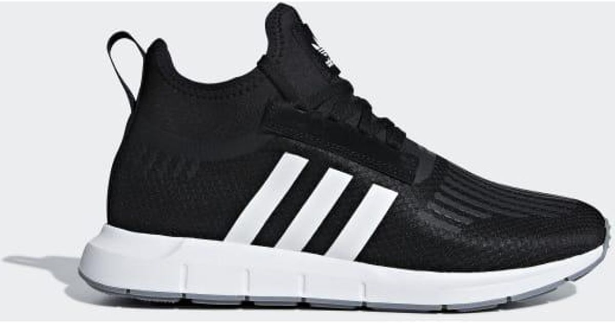 b674acbe60e Lyst - adidas Swift Run Barrier Shoes in Black