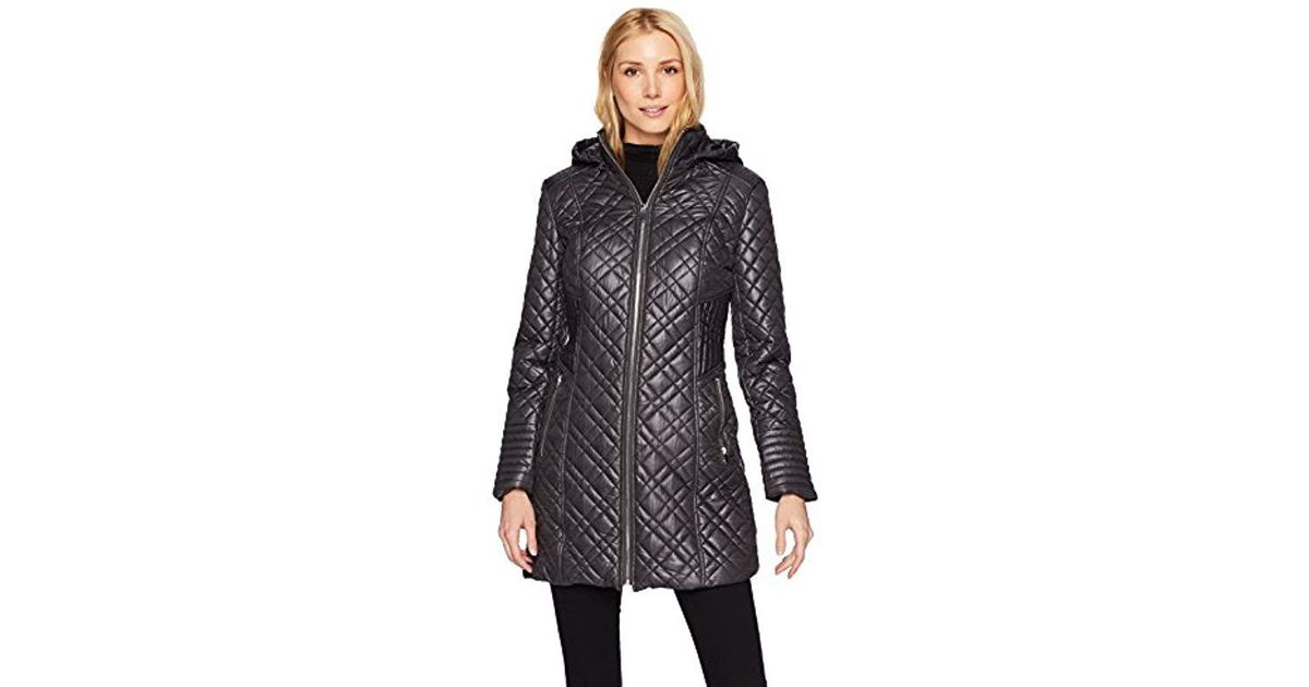 51b765e5034 Lyst - Via Spiga Center Zip Diamond Quilt Coat With Hood in Black