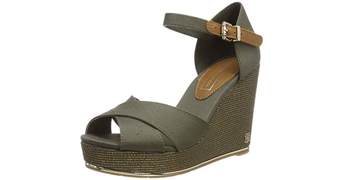 f59ce2d284 Tommy Hilfiger Feminine Mid Wedge Sandal Basic Platform in Green - Save 13%  - Lyst