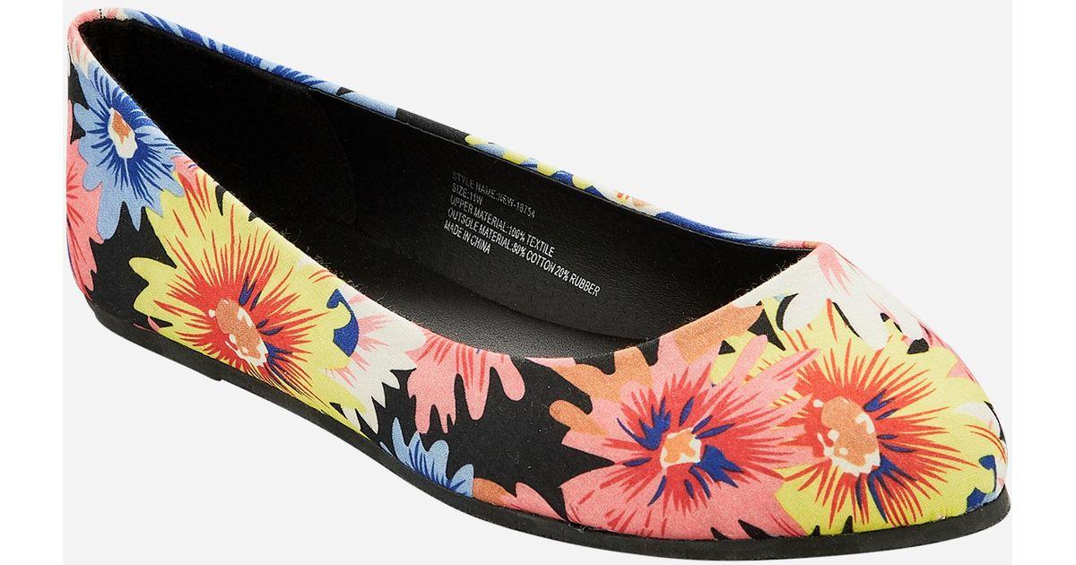 128bd9d3ccc Lyst - Ashley Stewart Floral Pointy Toe Flat - Wide Width