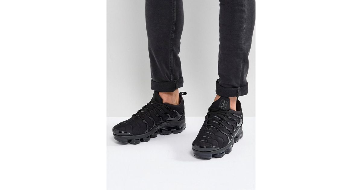 a6d62a85980 Nike Air Vapormax Plus Sneakers In Black 924453-003 in Black for Men - Lyst