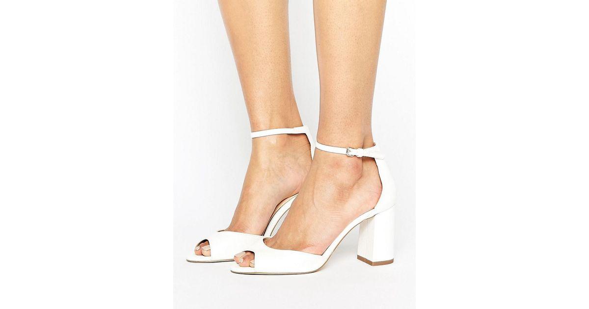 b2e61162021f Lyst - Miss Kg Gaze White Mid Block Heeled Sandals in White