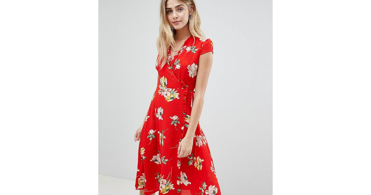 5d24aad86831 Boohoo Floral Pleat Trim Wrap Midi Dress in Red - Lyst