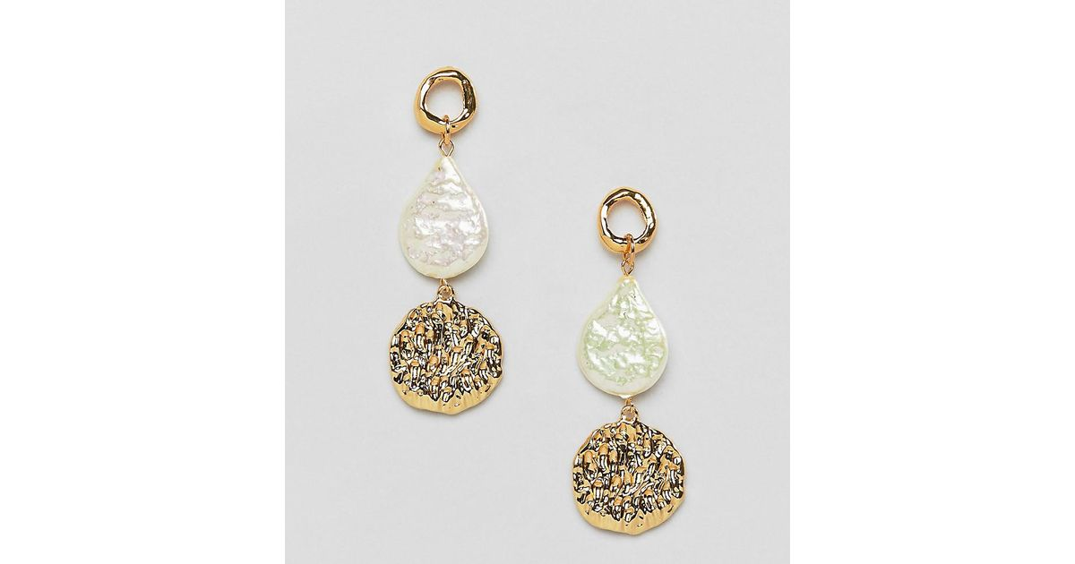 84e80b6cd ASOS Gold Plated Earrings With Faux Freshwater Pearl And Hammered Disc in  Metallic - Lyst