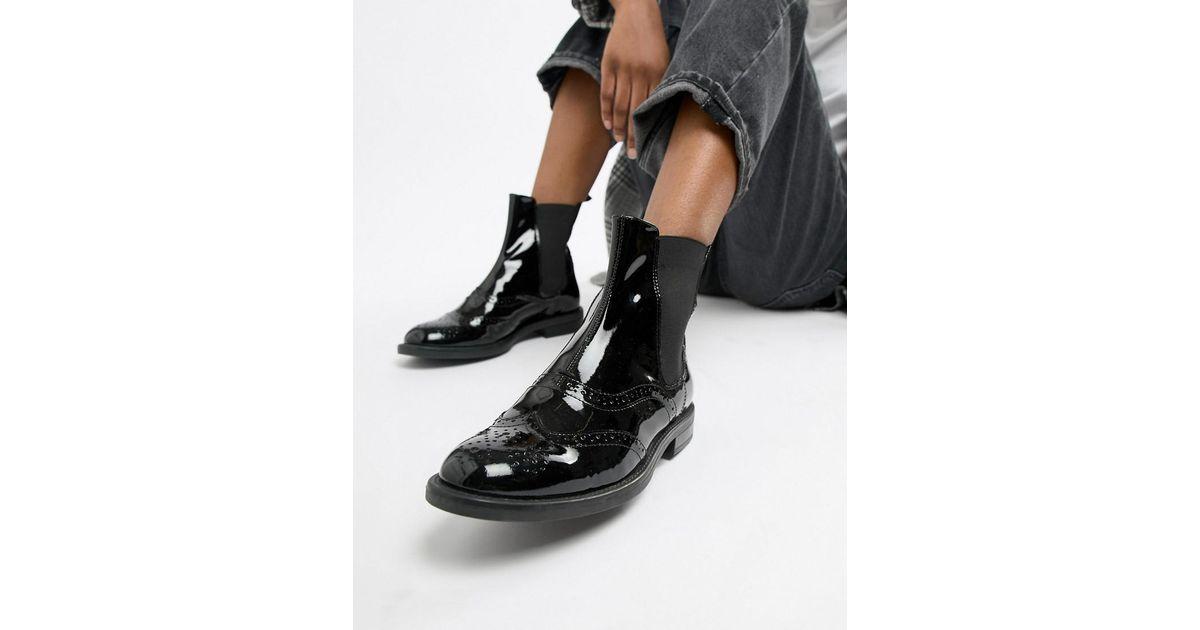 d5ea07d2f6a Vagabond Amina Patent Leather Brogue Chelsea Boot in Black - Lyst