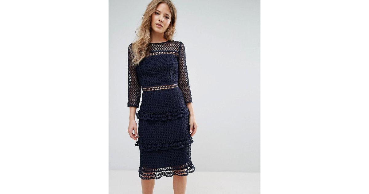 b77c3b6408 Lyst - Liquorish Layered Lace 3 4 Sleeve Midi Dress in Blue