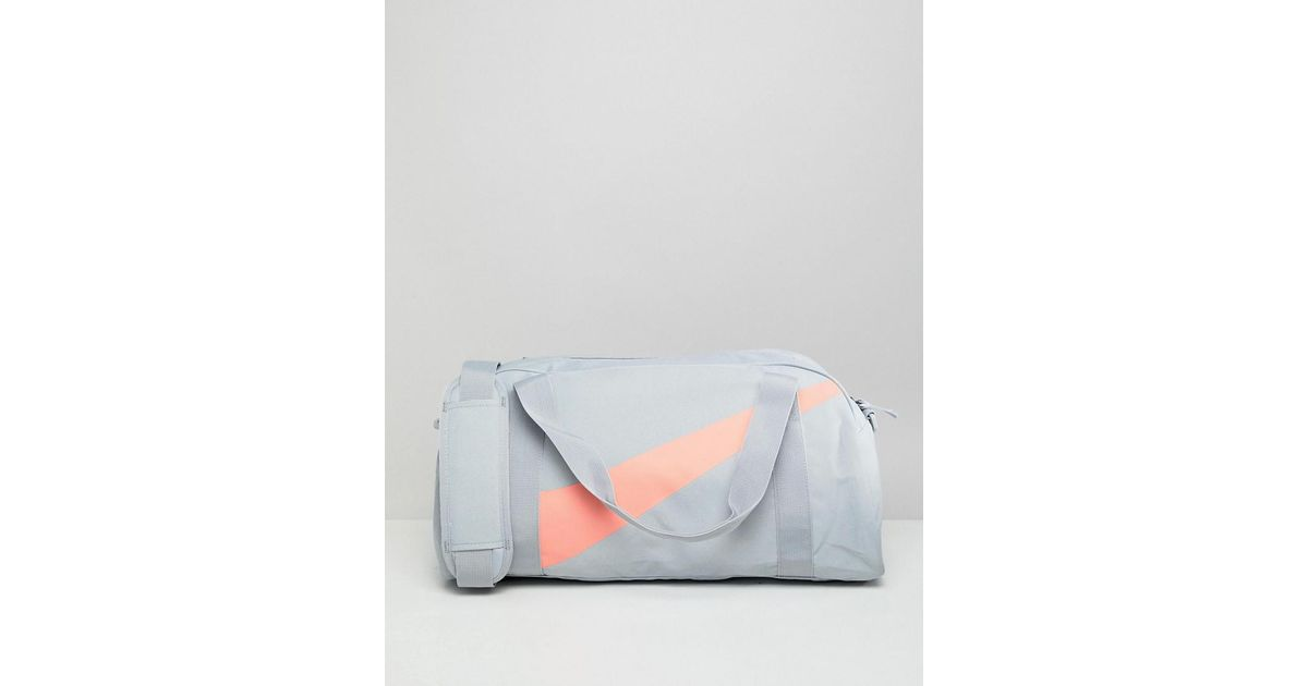 93019b9c55c1 Nike Gym Bag In Grey And Pink in Gray - Lyst