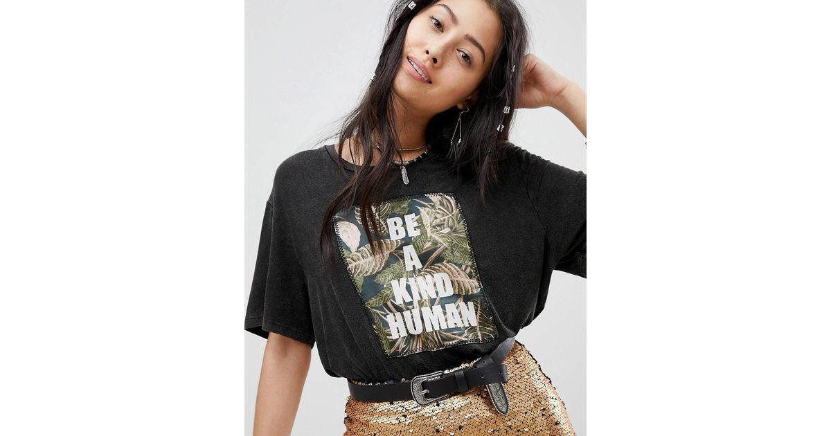 Festival Relaxed T-Shirt With Be Kind Embroidered Panel - Washed black Native Rose Sale Countdown Package Outlet Cheap Price Buy Cheap Purchase Discount Hot Sale Pay With Paypal For Sale MAraBy3Y