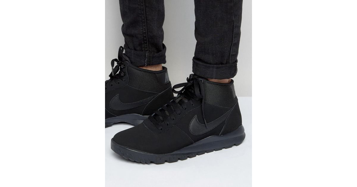 abd3619e20fe Nike Hoodland Suede Trainers In Black 654888-090 in Black for Men - Lyst