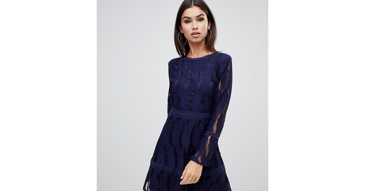 0bf368a5dd8d Lyst - Boohoo Exclusive Flare Sleeve Lace Dress In Navy in Blue
