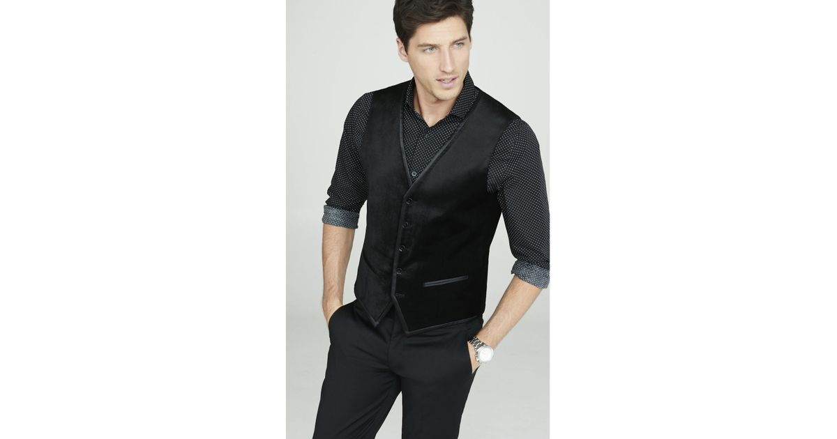 A black shirt and a black vest are just one example of the possibilities of black outfits. They go even better with black pants and black dress shoes. This specific .