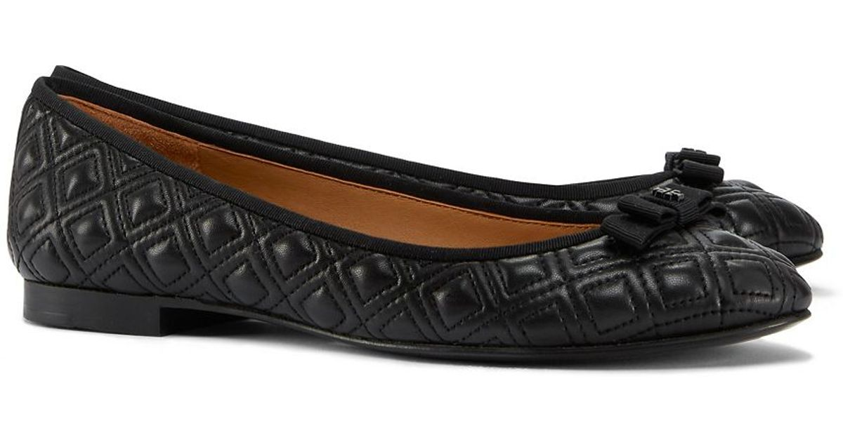 c4d943ba2d1c8 Tory Burch Marion Quilted Ballet Flat in Black - Lyst